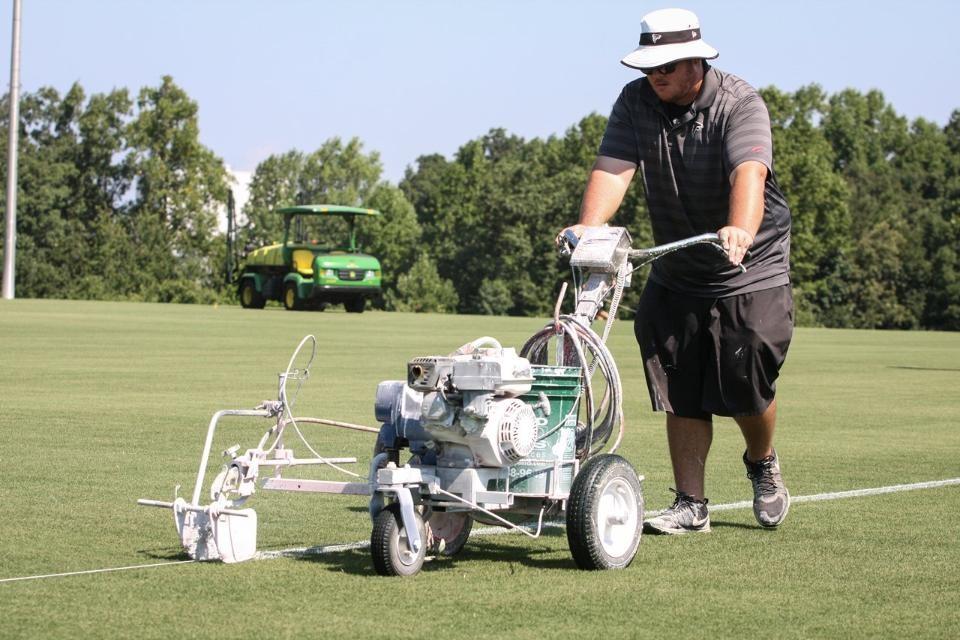 TurfSciAlum CollinMeyers lines field (AtlantaFalcons.com)